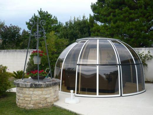 Dome spa relaxcentrum for Dome piscine