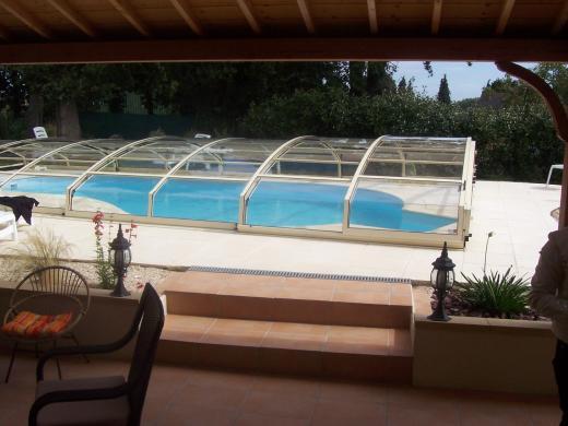 Zwemspa en zwembad overkapping relaxcentrum - Outdoor decoratie zwembad ...